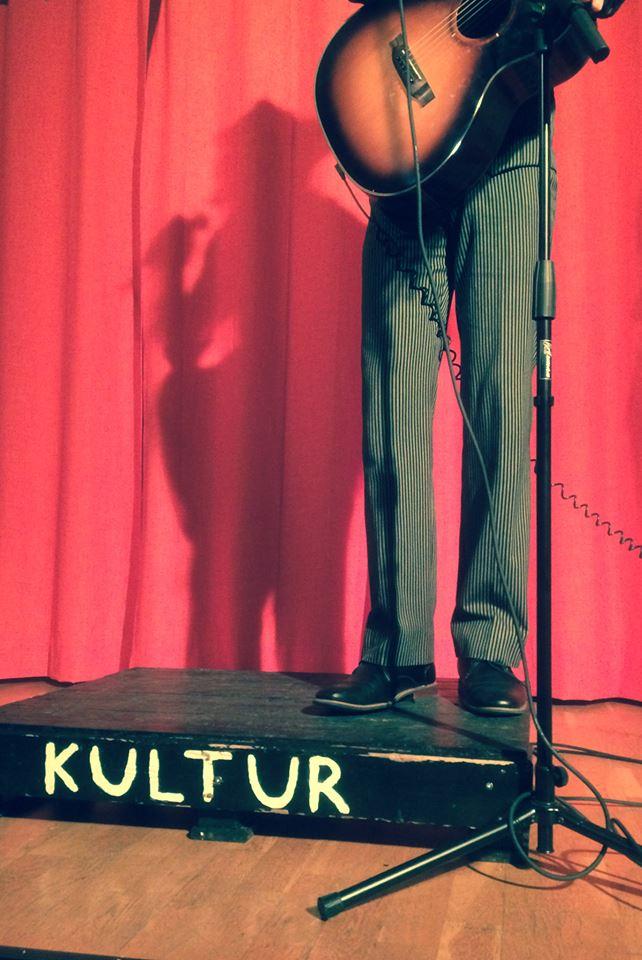 Kulturscen Aurell - skuggan